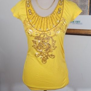 SOUTH POLE JEWELLED YELLOW TOP. NWT 💥